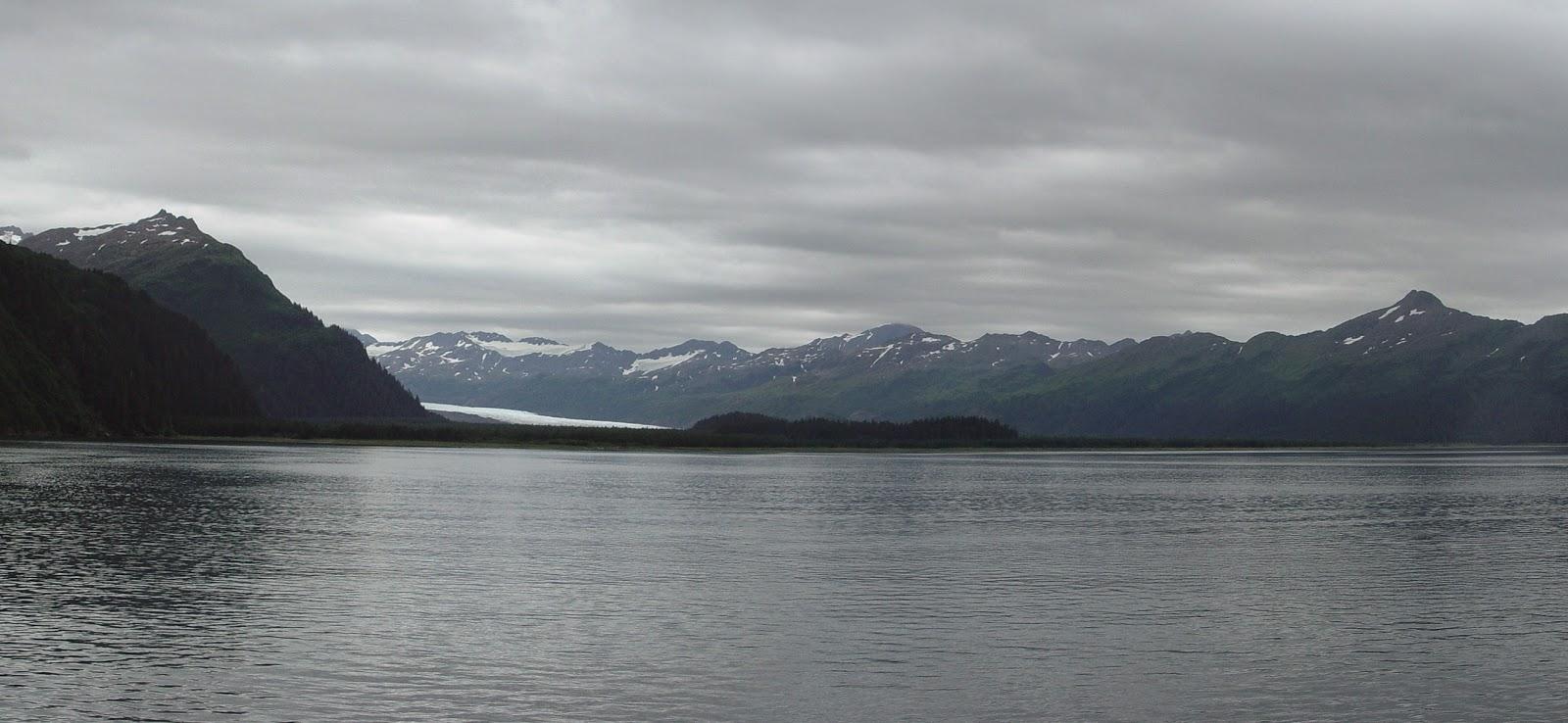 14_yalik_glacier_2004.jpg