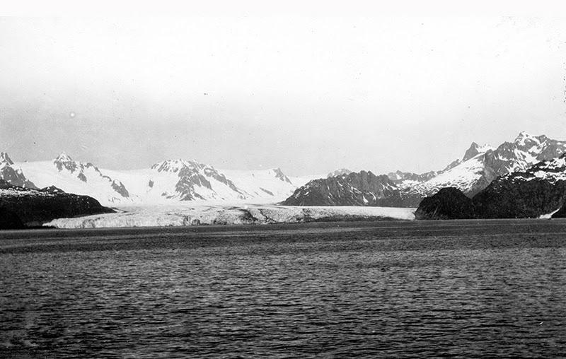 23_northwestern_glacier_01_1909.jpg