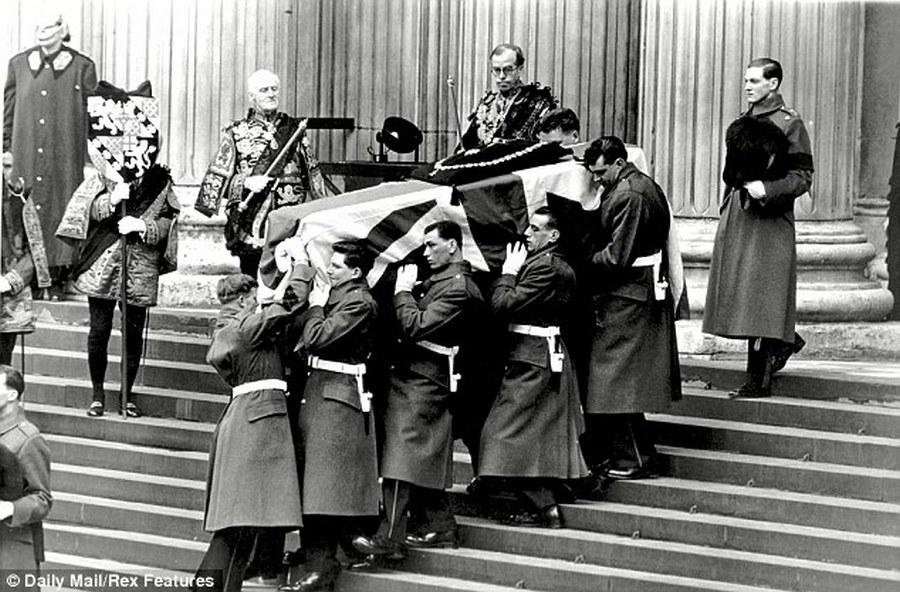 1965. Churchill 2.jpg