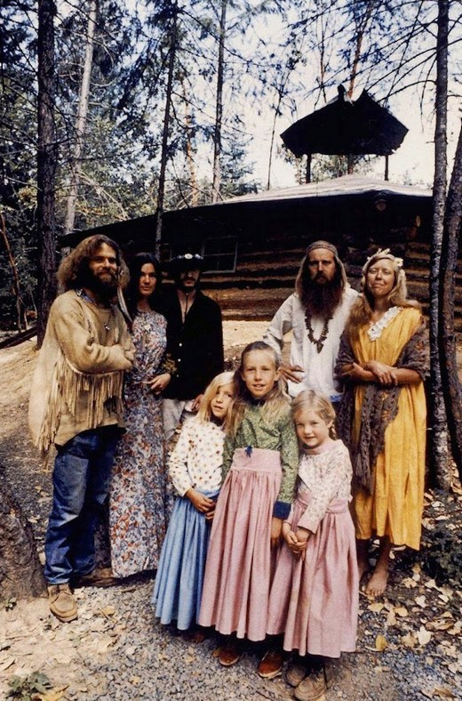 america_s_1970s_hippie_communes_4_.jpg