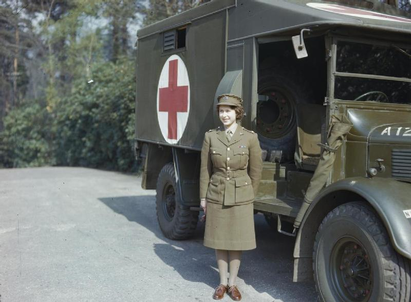 Hrh_Princess_Elizabeth_in_the_Auxiliary_Territorial_Service,_April_1945_TR2832.jpg