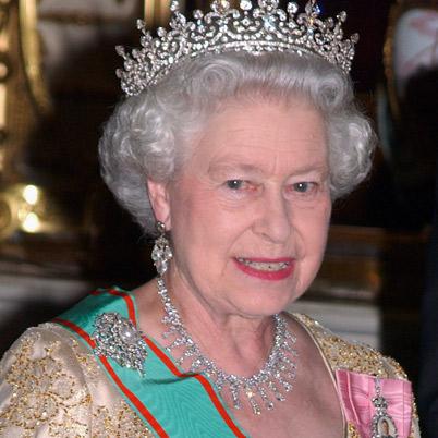 Queen-Elizabeth-II-9286165-1-402.jpg
