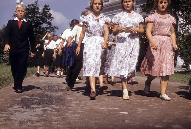 Leningrad, Russia in 1958 (30).jpg