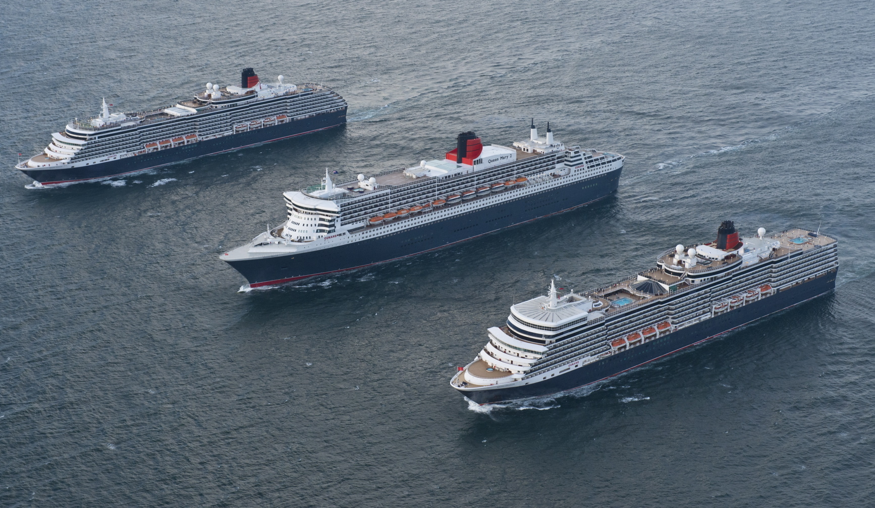 2014_-queen-mary-2-and-her-sister-ships-.jpg