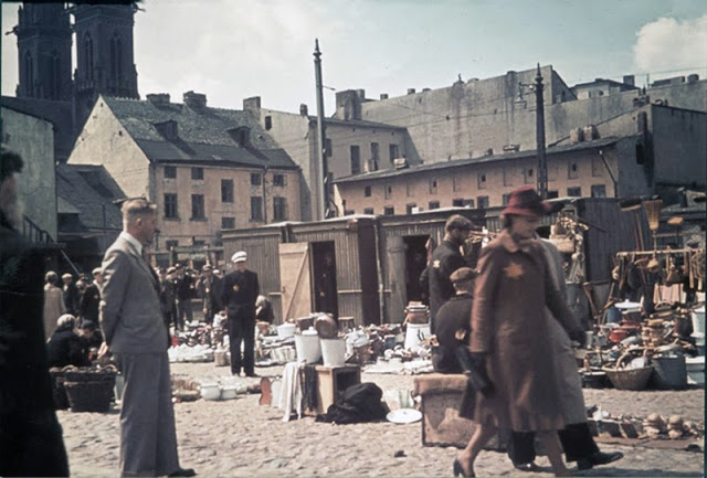 The Lodz Ghetto in 1943 (17).jpg