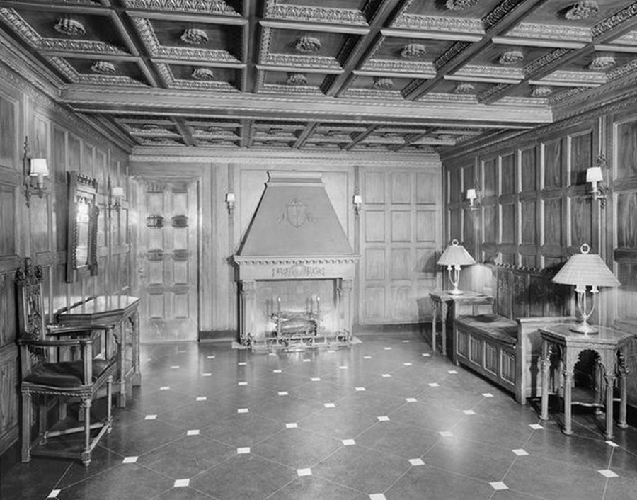 1941. 245 East 72nd Street. Apartments lobby. 5-21-1941.jpg