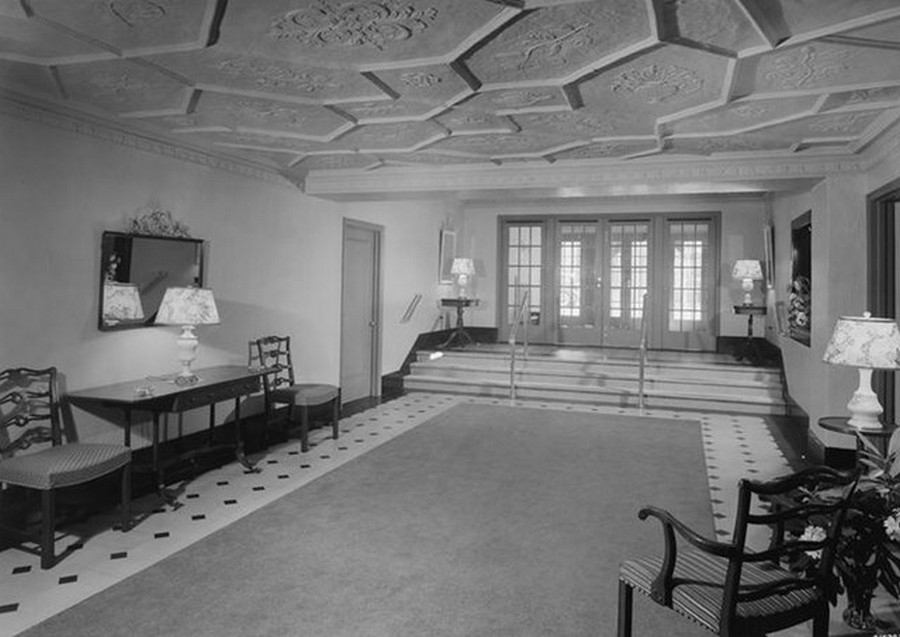 1942. 15 East 72nd Street. Apartment lobby, remodeled. 7-20-1942.jpg