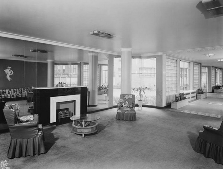 1948. 333 West 57th Street. Apartment building, elevator lobby. 4-13-1948.jpg