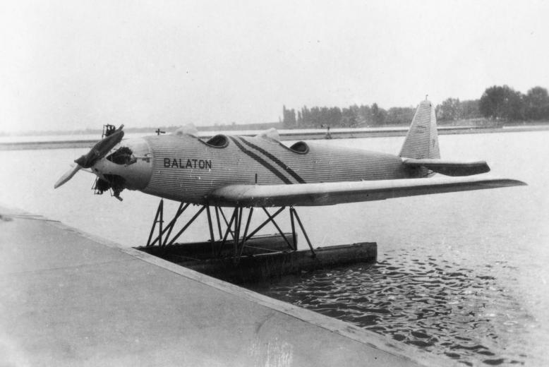 1930_junkers_hidroplan_siofok_szeplak.jpg