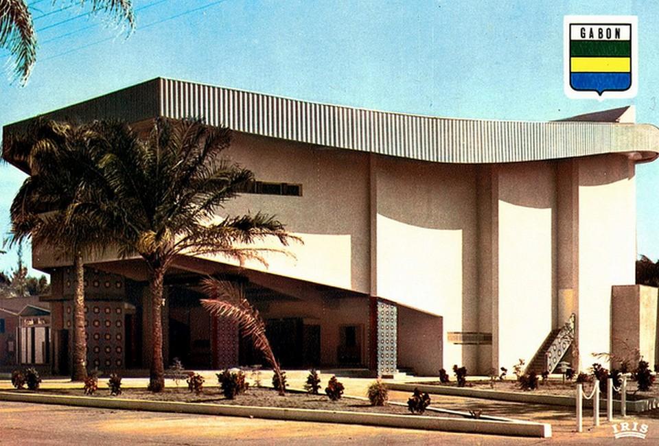 Vintage Movie Theatres and Cinemas (12) Gabon, Port Gentil Cine de Togoue.jpg