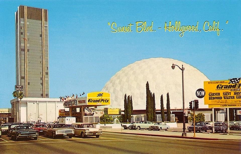 Vintage Movie Theatres and Cinemas (3) Pacific's Cinerama Theatre, LA CA, 1963.jpg