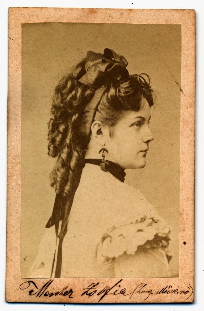1874. Menter Zsófia zongoraművésznő.jpg