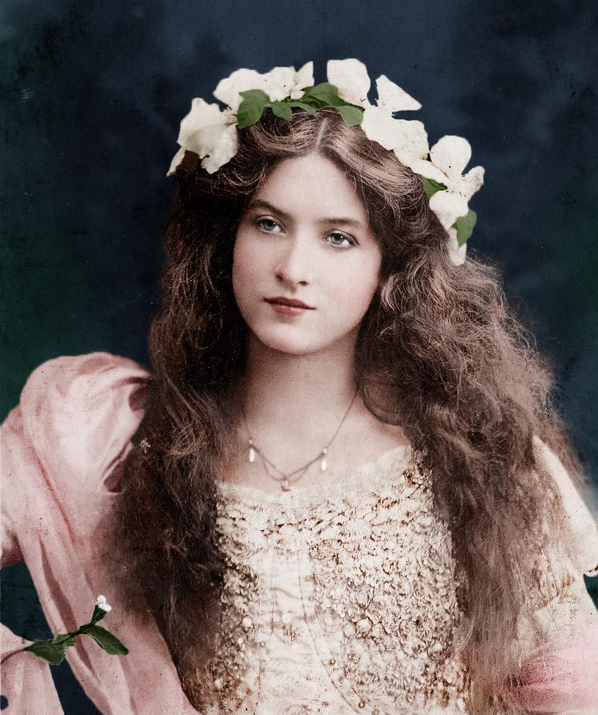 1900 körül. Maude Fealy.jpg