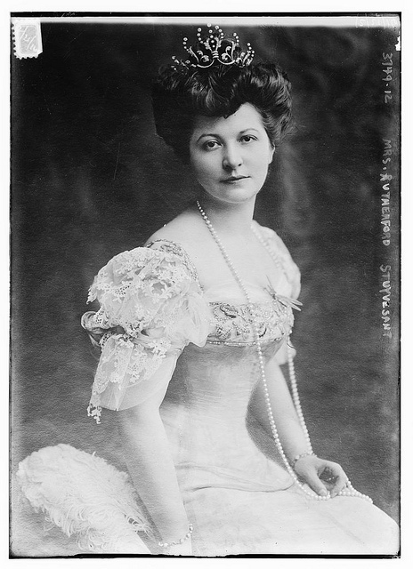 1915-20. Mrs. Rutherford Stuyvesant.jpg