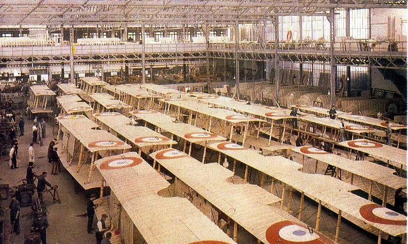 1917. Párizsi repülőgépgyár.jpg