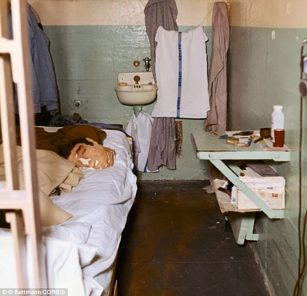 1962. Dummy head used by John Anglin to fool prison guards while he and two other convicts escaped Alcatraz..jpg