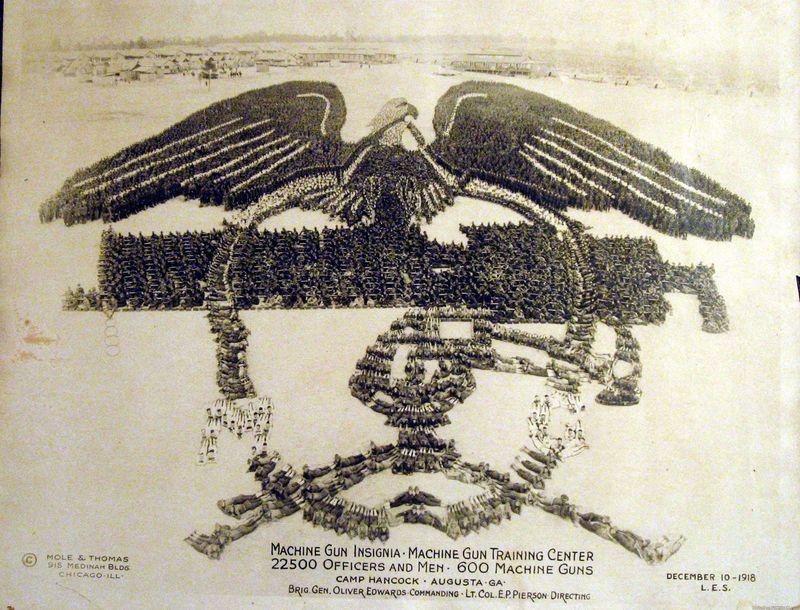 1918. 22500 katona formázta ezt az alakzatot.jpg