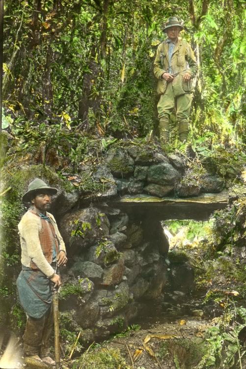 1911. Hiram Bingham az igazi Indiana Jones, a Machu Picchu felfedezője..jpg