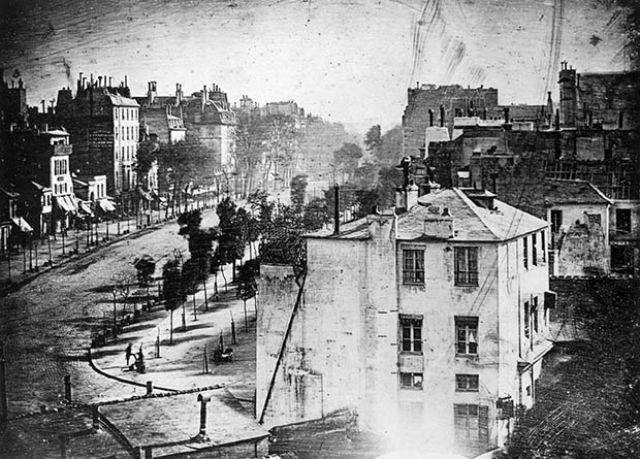 1838. Az első élvezhető fotográfia.jpg