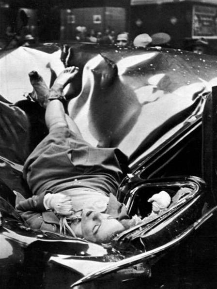1947. Evelyn McHale Empire State.jpg