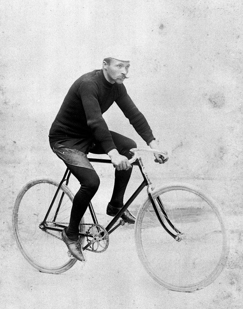 1903. Maurice Garin az első Tour de France győztese..jpg