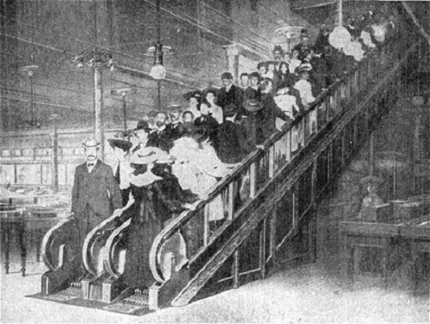 1889. Az első mozgólépcső Londonban a Harrods áruházban..jpg