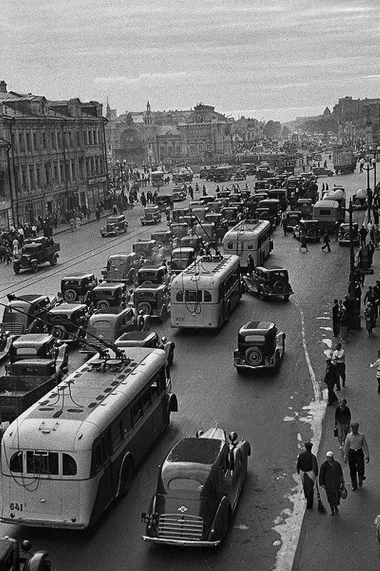 1939. Forgalmi dugó Moszkvában..jpg