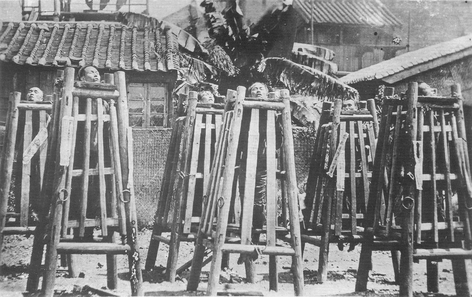 1901. A kínai bokszerlázadás elítéltjeinek kivégzése..png
