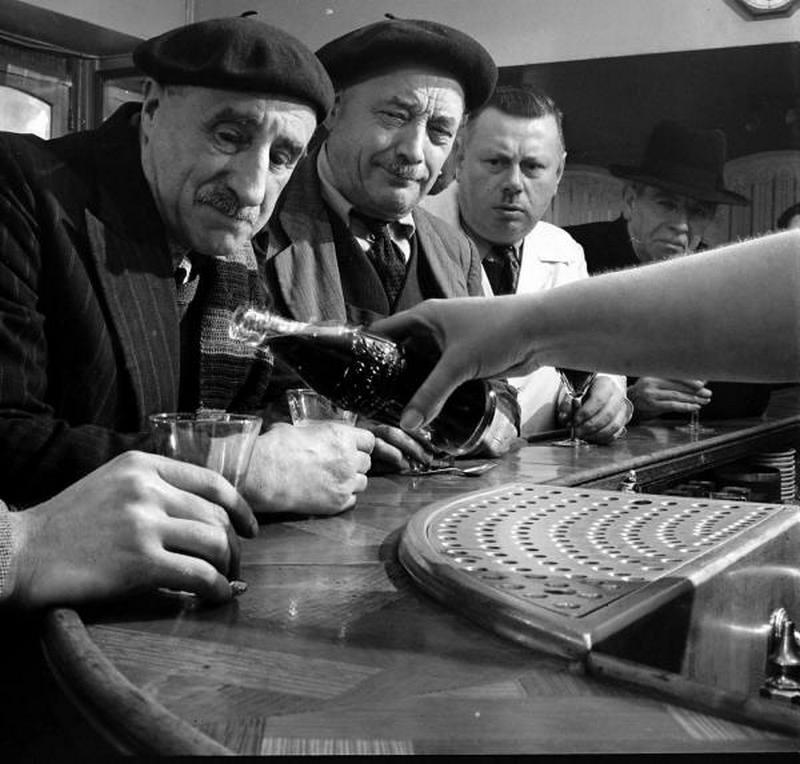 1950. Coca Cola franciaországi bevezetése..jpg