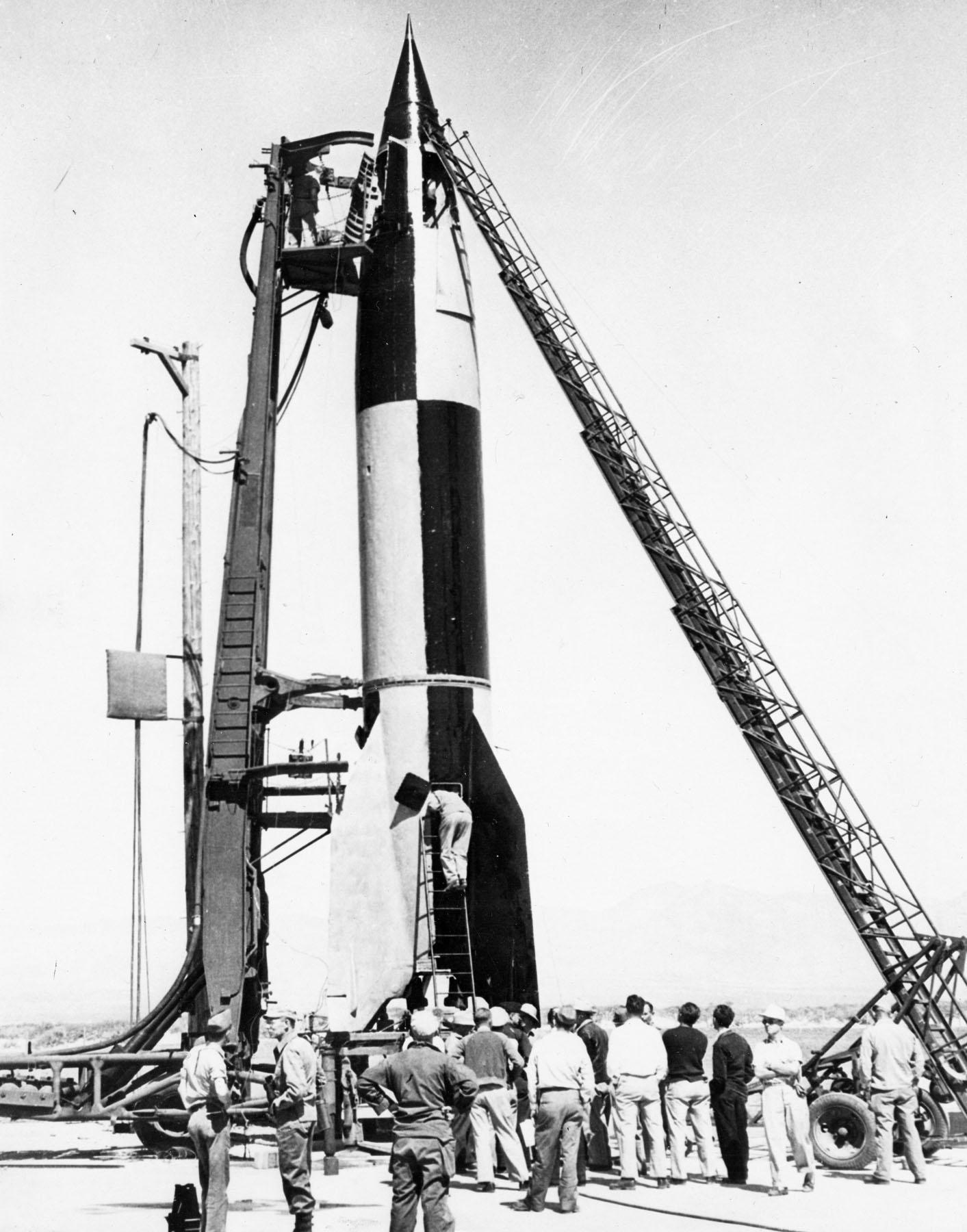 1946. Zsákmányolt német V2 rakéta tesztje az Államokban..jpg