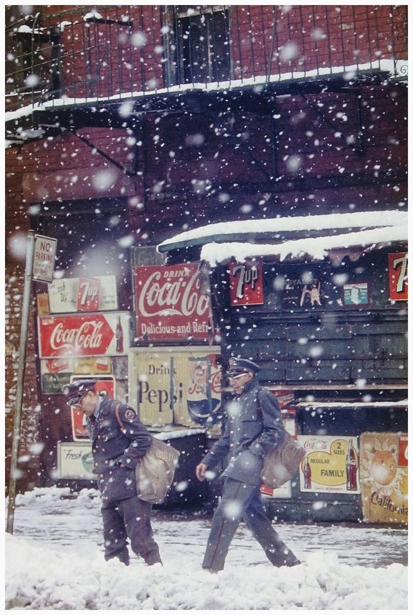 1952. Postások. Saul Leitner fotója..jpg