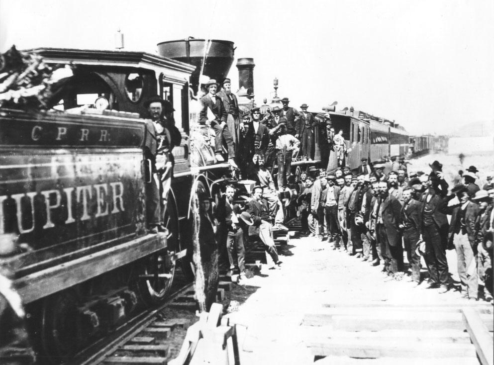 1869. A Utah állambeli Promontory Summitban ért össze az Első Transzkontinentális Vasút vonala, amely az Egyesült Államok keleti és nyugati partvidékét kötötte össze..jpg