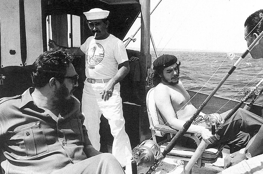 1960. Fidel Castro és Che Guevara horgászik..jpg