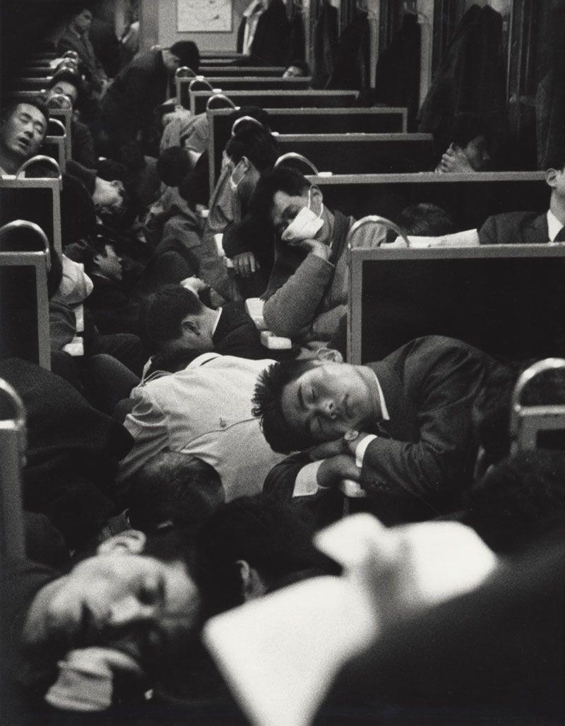 1964. Japán. Hajnali vonat..jpg