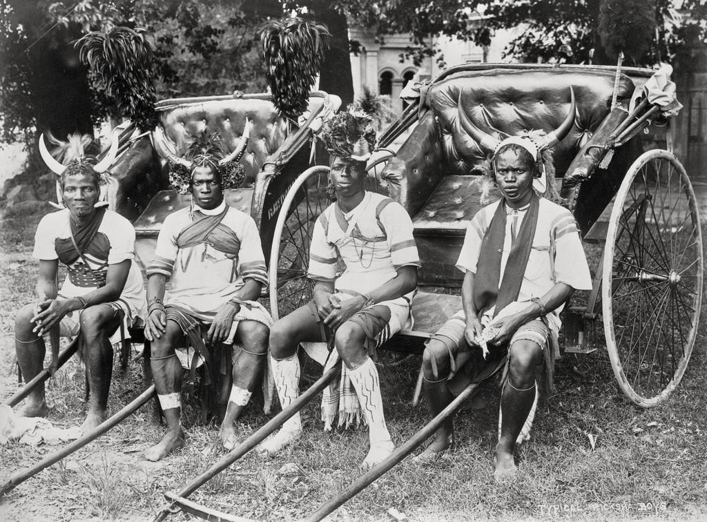 1920. Riksa húzó fiúk Durbanban, Dél-Afrikában..jpg