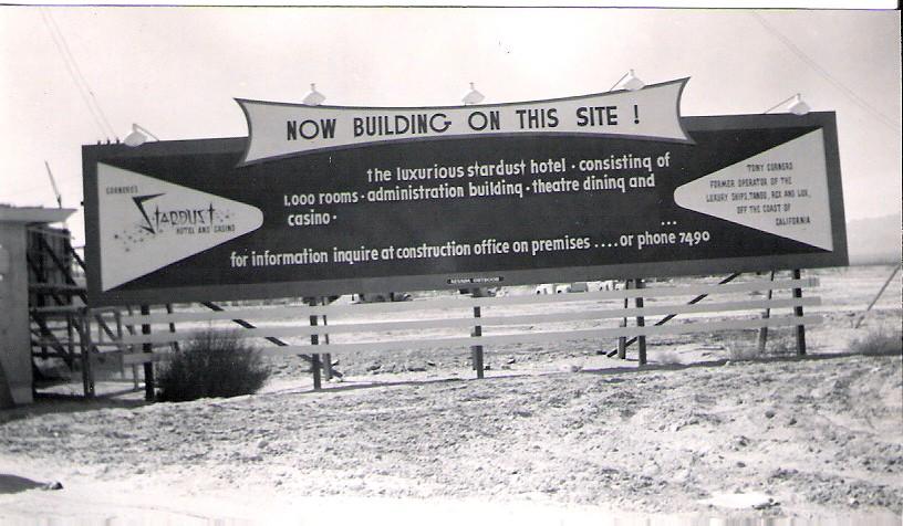 1954. A las vegasi Stardust Hotel építési területe..jpg