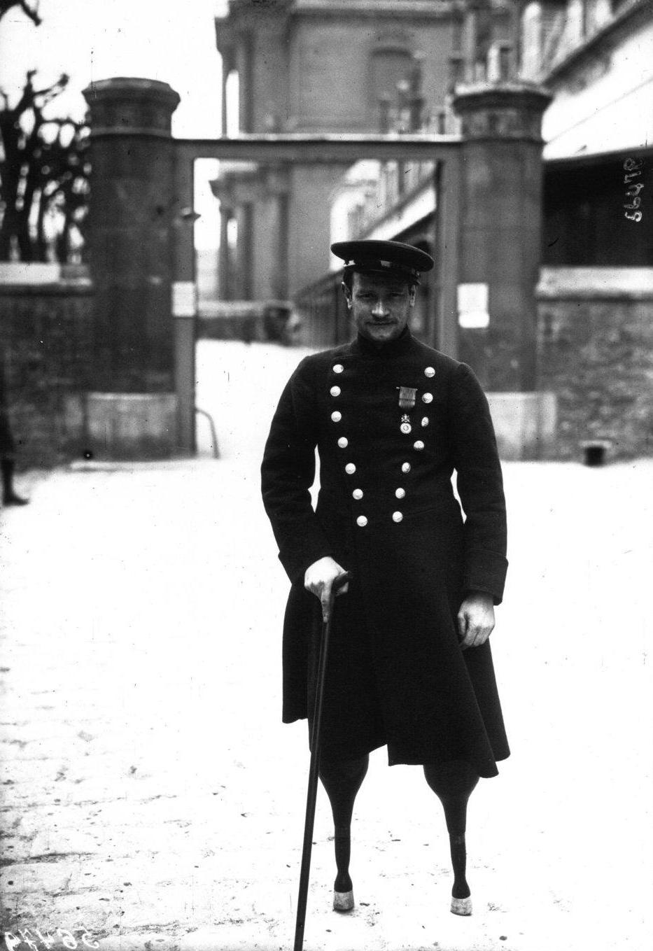 1915. Jean-Marie Caujolle, az első világháborúban az első hivatalosan megsérült francia katona..jpg