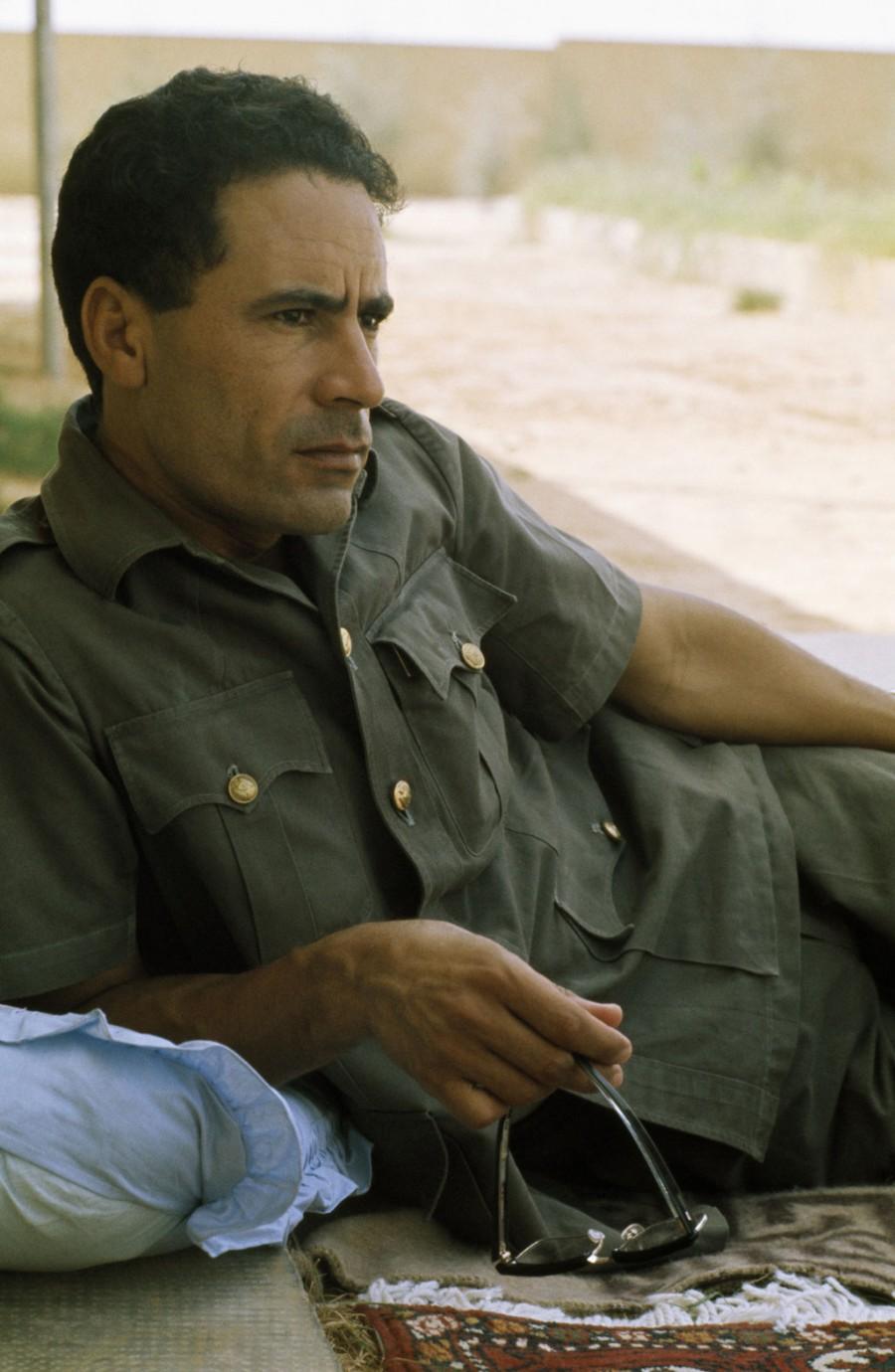 1973. A fiatal Moammer Kadhafi..jpg