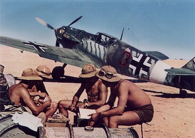 1942-luftwaffe-pilots-cards-africa-1942.jpg