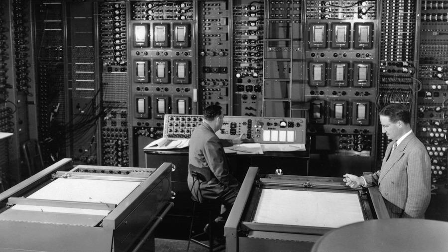 1955. Typhoon kompjúter üzemel az amerikai RCA rádió és televíziótársaságnál..jpg