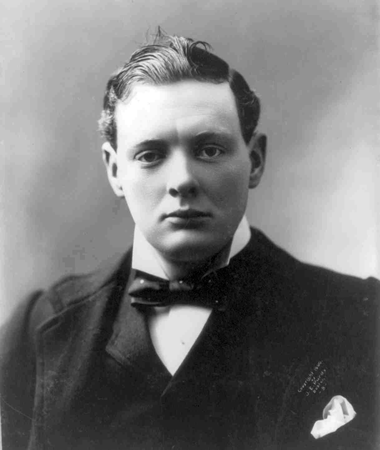 1900. Winston Churchill portréja..jpg