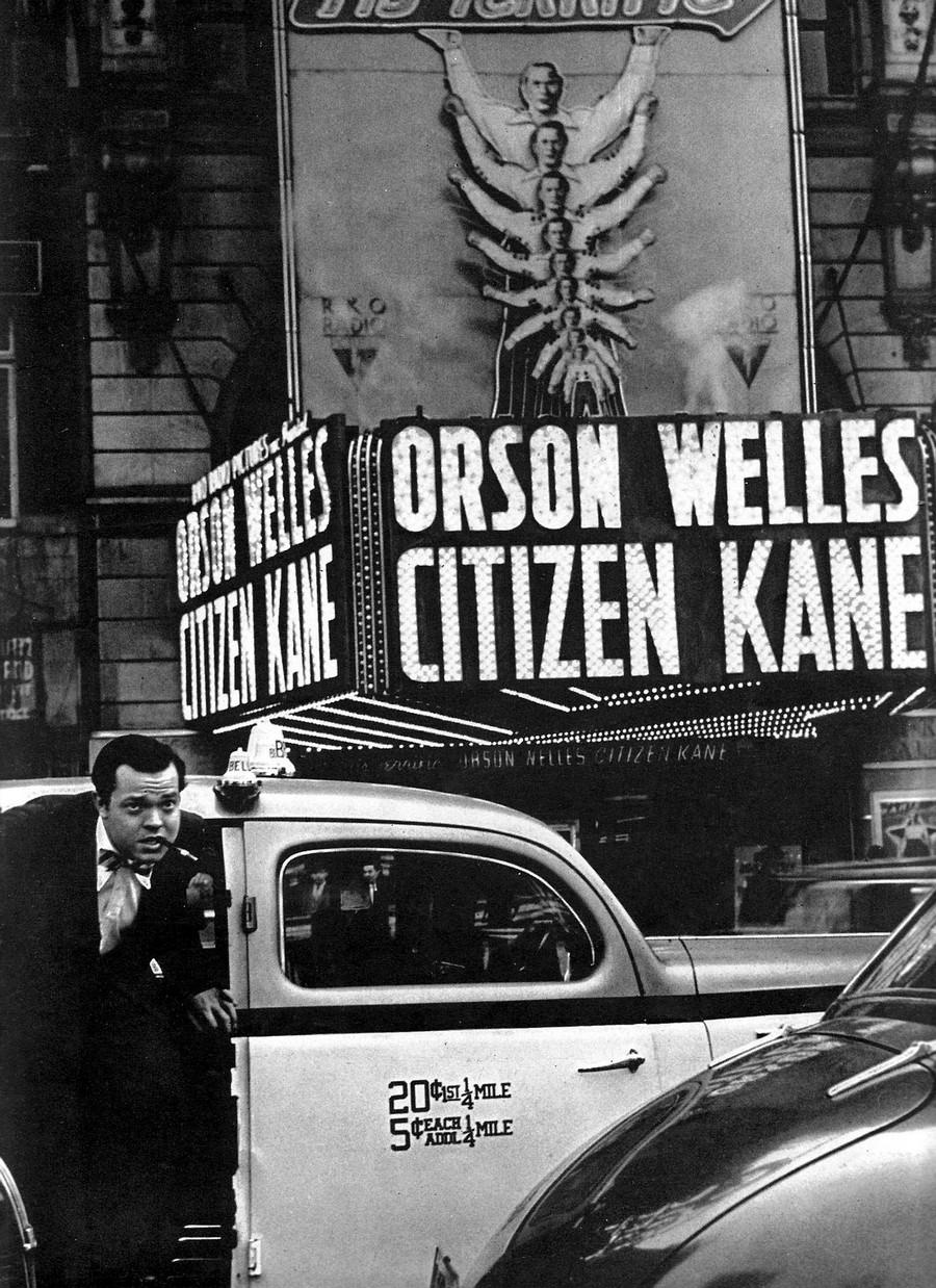 1941. Orson Welles az Aranypolgár (Citizen Kane) premierjére érkezik..jpg