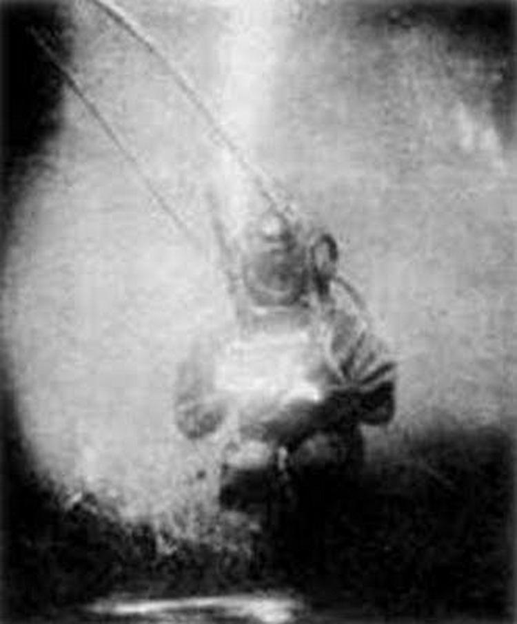 1893. Az első vízalatti felvétel. Louis Boutan francia biológus készítette..jpg