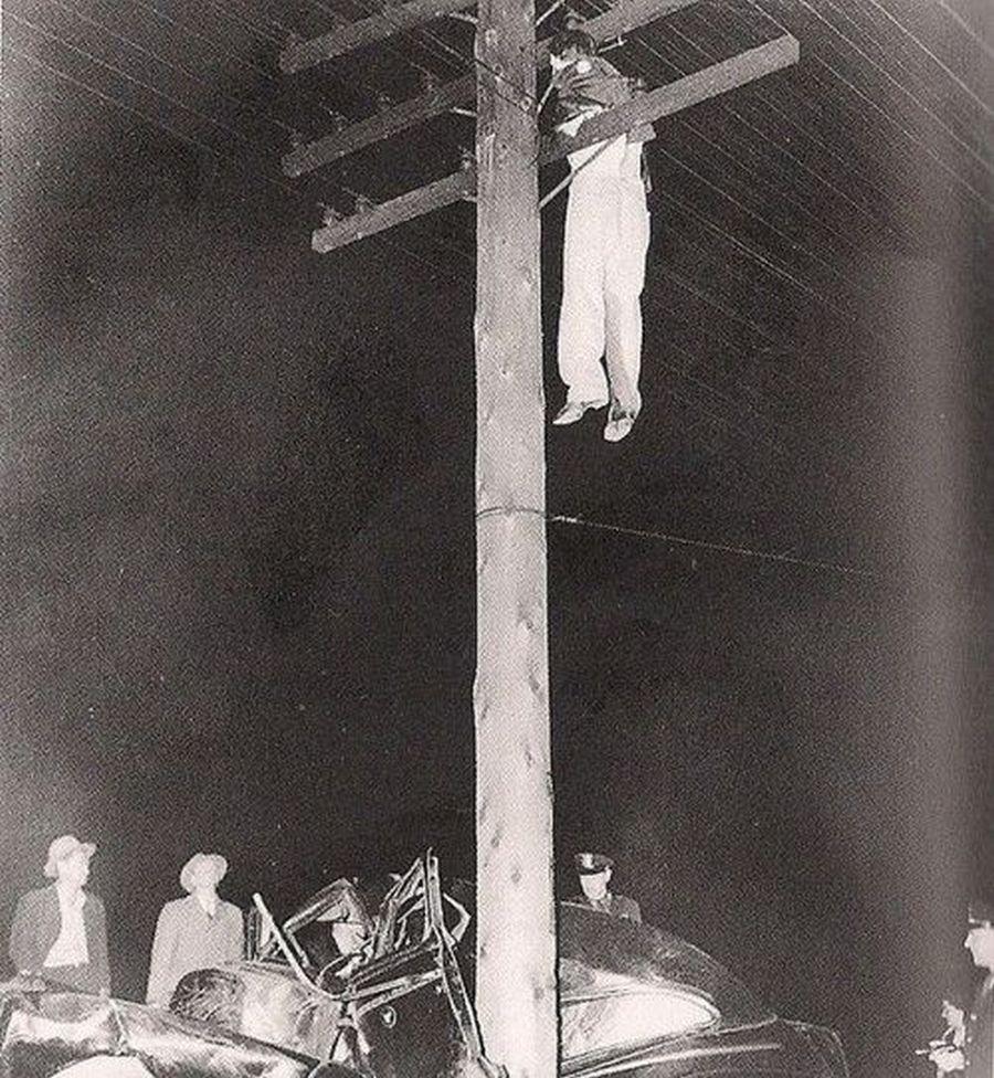1945. Egy hátborzongató autóbaleset..jpg