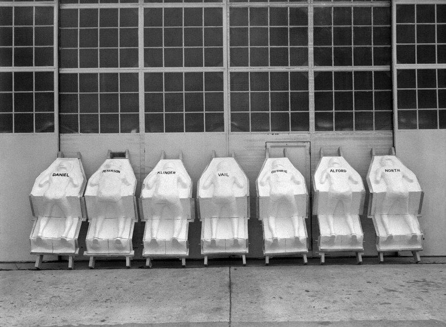 1959. Ülések készítéséhez használt bábuk öntőformái a NASA-nál._cr.jpg