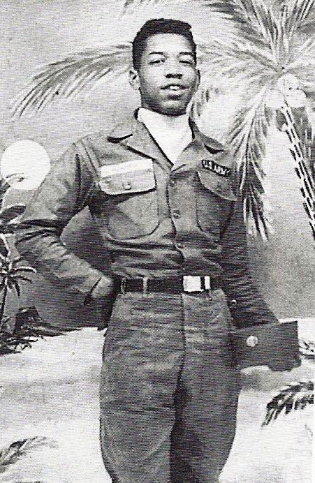 1961. Jimi Hendrix katonaként..jpg