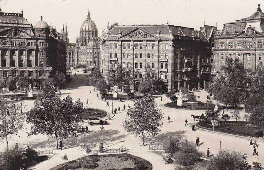 1931. A budapesti Szabadság tér..jpg