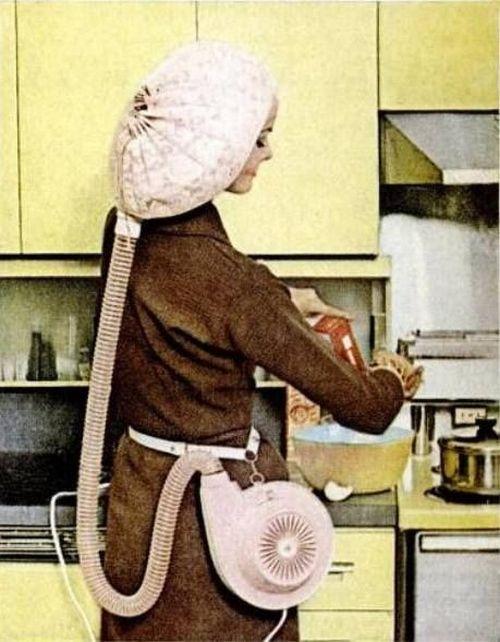 1959. Hajszárító elfoglalt háziasszonyoknak.jpg