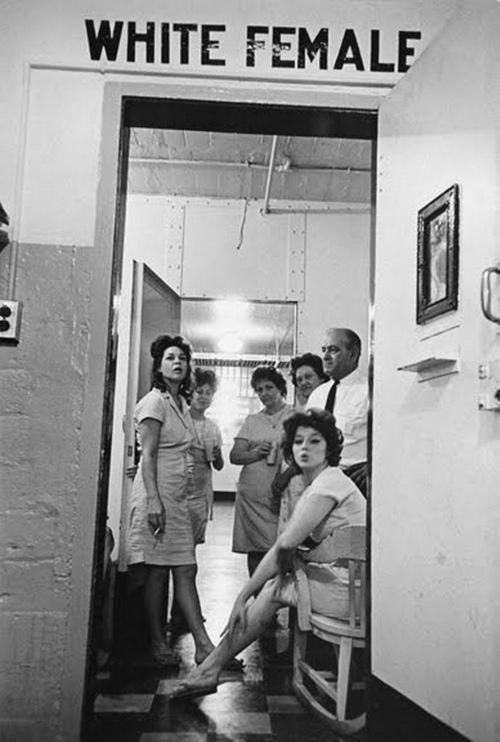 1963. New Orleans-i női börtön fehéreknek fenntartott blokkja..jpg