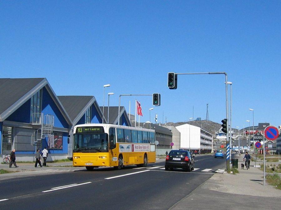 2008. Grönland fővárosának a 15 ezer lakosú Nuuk-nak a belvárosa nyáron..jpg